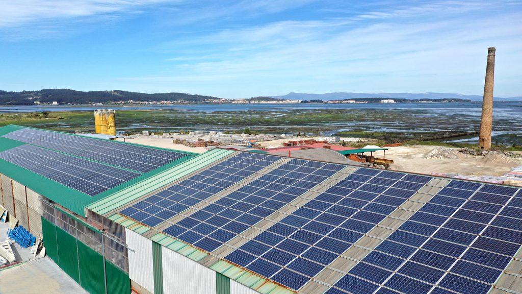 Ceramica campo solar instalacion autoconsumo